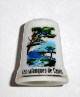 De A Coudre En Porcelaine  Calanques De Cassis - Dedales