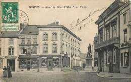 Soignies - Hôtel De Ville Et Statue P.J. Wincq - Soignies
