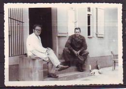 WW II Soldaten Kaserne - War, Military