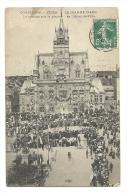 Cp, 60, Compiègne, Fêtes De Jeanne D'Arc, Le Corège Sur La Place De L'Hôtel De Ville, Voyagée 1909 - Compiegne