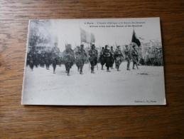 MILITARIA GUERRE 1939-45 L' ARMEE D'AFRIQUE ET LE DOYEN DES ZOUAVES  DEFILE A ARC DE TRIOMPHE PARIS - War 1939-45