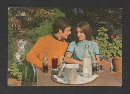 PORTUGAL POSTCARD 1970years  ROMANTIC COUPLE & Drinks DRINK COCA COLA - Commercio