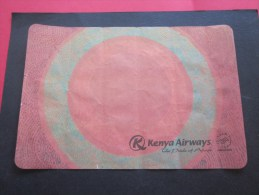 Dessous-de-plateau  Papier Compagnie Aérienne D´aviation Type Serviette Publicitaire > Kenya Airways The Pride Of Africa - Reclameservetten