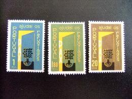 PORTUGAL 1960 AÑO DEL REFUGIADO 1960 WORLD REFUGEE YEAR Yvert & Tellier Nº 861 / 863 (*) - Refugiados