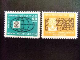 TURQUIA -  AÑO DEL REFUGIADO 1960 - WORLD REFUGEE YEAR   -- Yvert & Tellier Nº 1522 / 1523 (*) - Refugiados