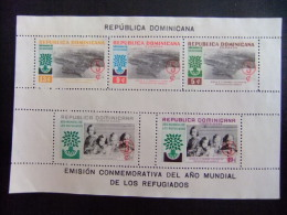 REPUBLICA DOMINICANA -  AÑO DEL REFUGIADO 1960 - WORLD REFUGEE YEAR  -- Yvert & Tellier Nº 22 + 22 Sin Dentar ( *) - Refugiados