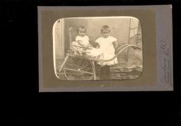 Photographie Enfants Dans Charrette Baby Kindern Children Photographe Jacobsen HAMBURG Steindamm 51 - Persone Anonimi