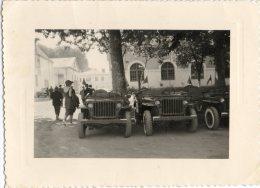 Jeeps Willys Dans Les Années 1940-50 à Identifier - Photo Format 105 X 80 Mm - Automobiles