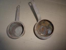 18e Ou 19e Siecle  Pot à Colle Ancien Servant Aux ébénistes Pour Dissoudre La Colle  D´os  (dinanderie Ou Ferblanterie) - Ferronnerie