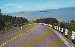La Route De L'aeroport Riviere Du Loup Quebec Canada - Québec - Les Rivières