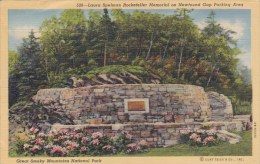 Laura Spelman Rockefeller Memorial On Newfound Gap Parking Area Great Smoky Mountains National Park - Monuments