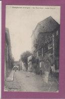 24.- MONPAZIER .- Rue Notre-Dame - Ancien Chapitre - Autres Communes