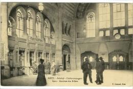 Carte Postale Ancienne Metz - Gare. Guichets Des Billets - Chemin De Fer - Metz