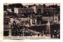 Lyon Exposition Internationale 1914 Belle Animation A L'entrée De Section Horticulture Carte N° 34 Edition Officielle - Lyon