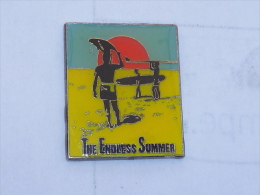 Pin's SURFER, THE ENDLESS SUMMER - Unclassified
