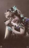 Hübsches Mädchen Mit Weintrauben Und Weinglas, Oranotypie 1904 - Kinder