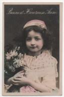 CPA Fantaisie - Enfants - Fillette - Portrait - Bonne Et Heureuse Année - Ritratti
