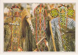 BANJOUG - Danseurs Bamilékés Masqués - Camerún