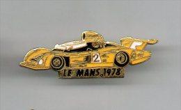 PINS PIN'S AUTO LE MANS 24HEURES DU MANS  AUTOMOBILE RENAULT MICHELIN METAL  3,5 X 1, 3 CMS - Mercedes
