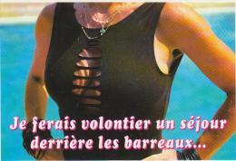 """CPM Femme En T-shirt Ouvert Sur Les Seins """"Je Ferais Volontiers Un Séjour Derrière Les Barreaux"""" Photo B Consoloni NEUVE - Pin-Ups"""