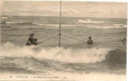CPA-1915-14-CABOURG-LES BAIGNEURS A LA CORDE--ETAT  COURANT-UN PEU CONDOLE- - Cabourg