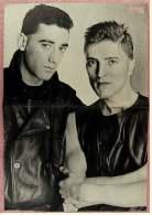 Kleines Musik Poster  -  D.A.F.  -  Rückseite : John Moulder-Brown  -  Von Bravo Ca. 1982 - Plakate & Poster
