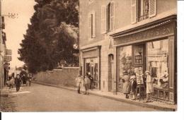 CPA  CANCALE  : La Rue Du Port - Cancale