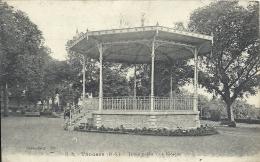 POITOU-CHARENTE - 79 - DEUX SEVRES - THOUARS ( Jardin Public - Le Kiosque à Musique - Thouars