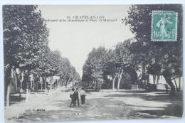 CPA Chatelaillon Boulevard De La République Et Place St Marsault - Animé 1923 - ZR02 - Châtelaillon-Plage