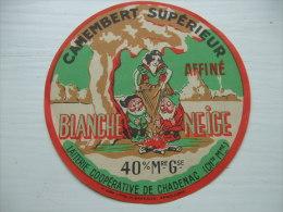 "Etiquette Fromage Camembert Affiné ""BLANCHE NEIGE"" Laiterie Coopérative De CHADENAC (Charente-Maritime) - Fromage"