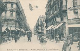 TOULOUSE- AVIATION -  Morin Traversant La Rue D'Alsace - Toulouse