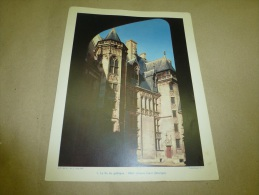 Année 1955  Grande Photographie En Couleurs (27cm X 21cm)  Hôtel Jacques-Coeur BOURGES - Places
