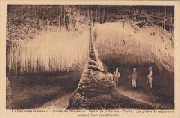 Cp , 38 , CHORANCHE , Les Grottes , Vallée De La Bourne , Coufin , Gerbes De Macaronis Au Bord D'un Des Affluents - France