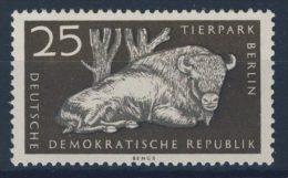 DDR Michel No. 555 X II ** postfrisch