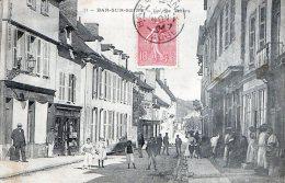 BAR SUR SEINE - LA RUE THIERS - BELLE CARTE TRES TRES ANIMEE - 2 SCANS -  TOP !!! - Bar-sur-Seine