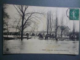 78 POISSY  - Crue 1910 - Le Pont Et Le Petit Robinson - France