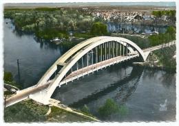 Cpsm: 27 SAINT PIERRE DU VAUVRAY (ar. Evreux) Le Pont Sur La Seine (Vue Aérienne)  N° 10 - Francia
