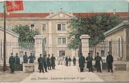 TOULON  CASERNE GOUVION  ST CYR CPA ANIMEE MILITARIA - Toulon