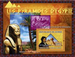 gu0750b Guinea 2007 ART Pyramids of Egypt s/s Statue du Sphix plateau du Gizeh J.F. Champollion