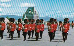 Canada Changing Of The Guard At La Citadelle Quebec  La Citadelle 1970 - Québec - La Citadelle