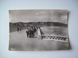 Carte Postale Ancienne De Dieppe-La Jetée Promenade-1957 - Dieppe