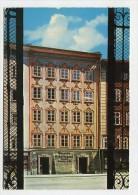 AUSTRIA - AK 168239 Salzburg - Mozarts Geburtshaus Vom Universitätsplatz Aus - Salzburg Stadt