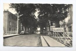 Aups. L'Avenue Georges. - Aups