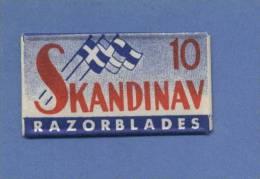 Une Lame De Rasoir SKANDINAV  (SWEDEN)    (L101) - Scheermesjes