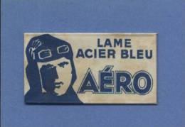 Une Lame De Rasoir AERO  LAME ACIER BLEU  (L109) - Scheermesjes