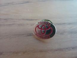 "Pin's * ""TOYOTA - MORLAIX (29)"" (ARTAKYS) - Toyota"