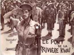Cpsm Disque 45 Tours  LE PONT DE LA RIVIERE KWAI, Musicarte, Photo Du Film - Manifesti Su Carta