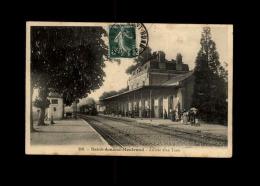 18 - SAINT-AMAND-MONTROND - Gare - Train - Saint-Amand-Montrond
