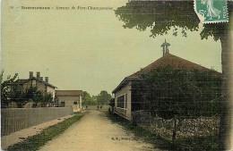 Août13c 206 : Sommesous  -  Avenue De Fère-Champenoise - France