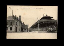 18 - DUN-SUR-AURON - Poste - Halle - Dun-sur-Auron